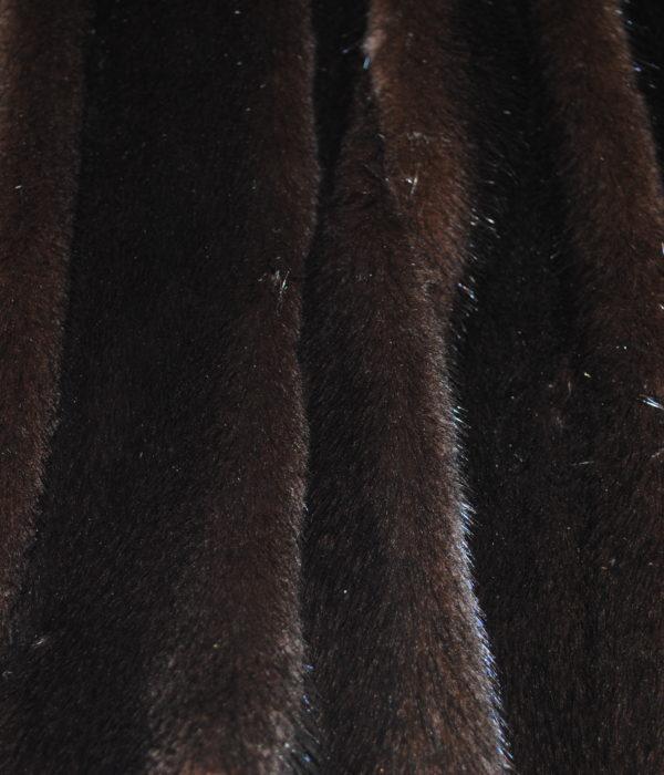 Норка темно коричневая самец