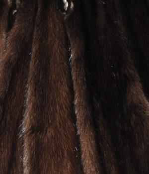 Норка коричневая самка