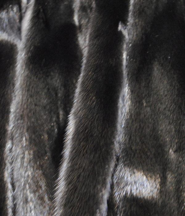Норка черный металик самка
