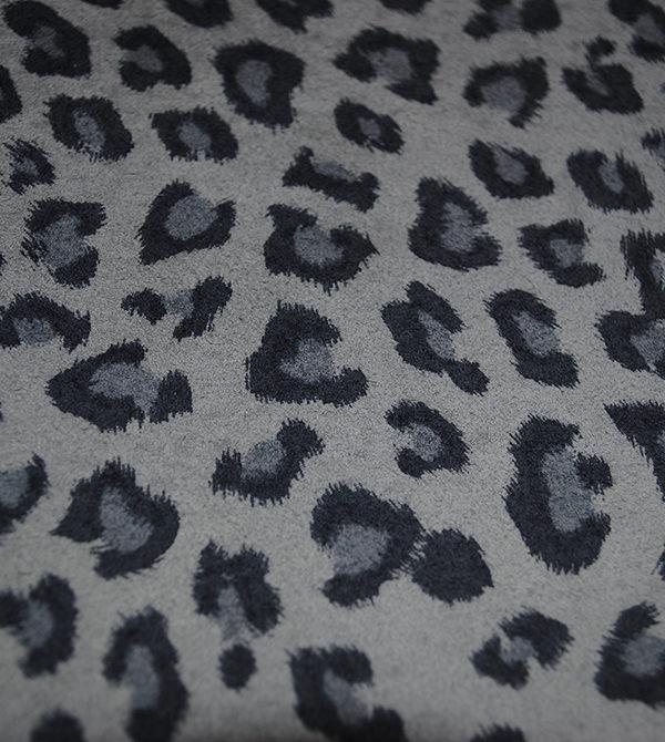 Леопард серый